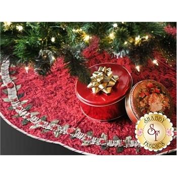 Enchanted Holiday Tree Skirt Pattern
