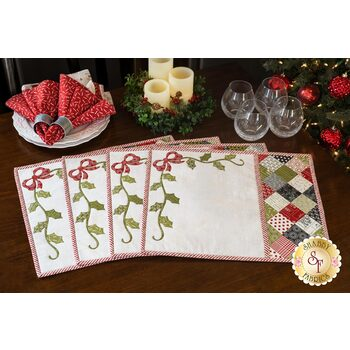 Holly Ribbon Patchwork Placemats Kit - The Christmas Card - Makes 4