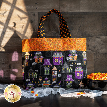 Fat Quarter Tote Kit - Hometown Halloween