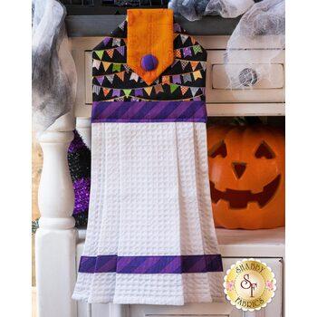 Hanging Towel Kit - Hometown Halloween - Pennants