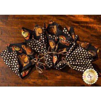 Cloth Napkins Kit - Retro Halloween - Makes 4
