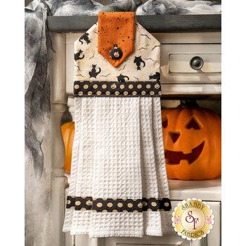 Hanging Towel Kit - Retro Halloween - White