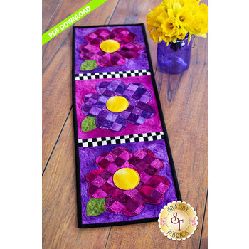 Patchwork Accent Runner - Pansies - May - PDF Download