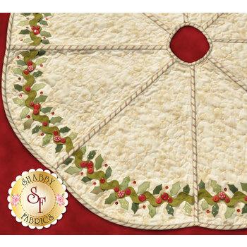 Holly & Berries Tree Skirt Pattern