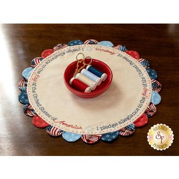 Scalloped Table Topper - The Pledge of Allegiance - Kit