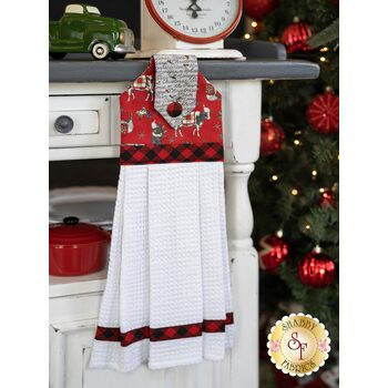 Hanging Towel Kit - Homegrown Holidays - Red With Animals